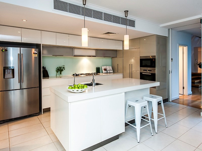 a320 Lupin Hill Grove, Nedlands