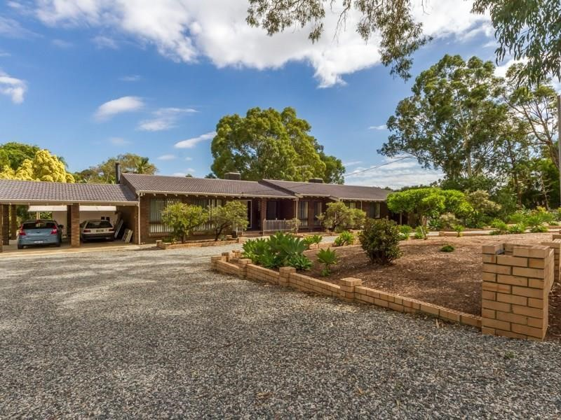 Property for sale in Byford:Star Realty Thornlie