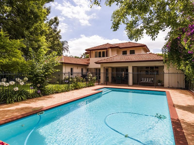 a133 Florence Road, Nedlands