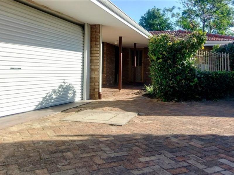 Property for sale in Applecross : Kempton Azzopardi