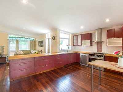 Property for sale in Rockingham : Property Gallery