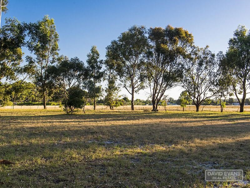 Property for sale in Stake Hill : David Evans Rockingham