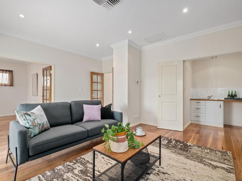 Property for sale in Woodbridge