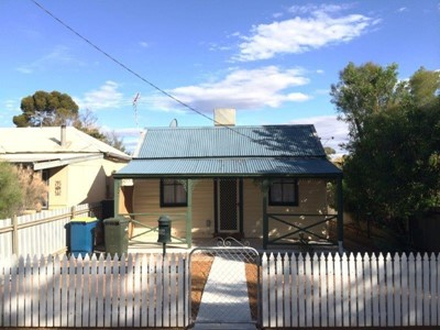 Property for rent in Lamington