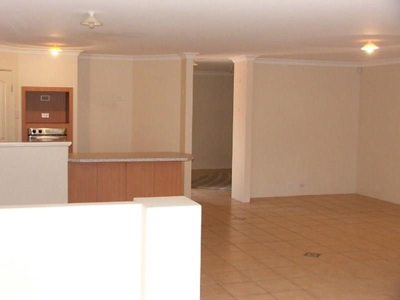 Property for rent in Bayswater