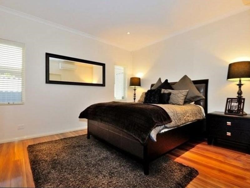 Property for sale in Aveley : Passmore Real Estate