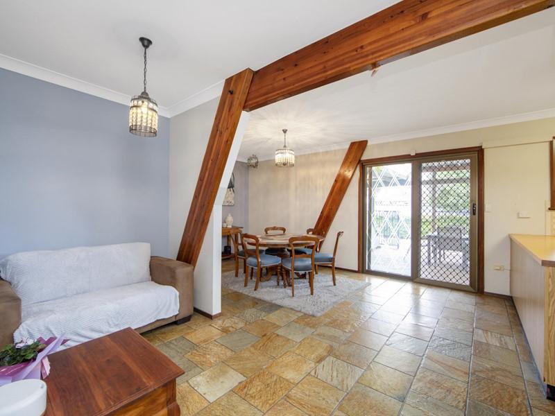 Property for sale in Forrestfield : Porter Matthews Metro Real Estate