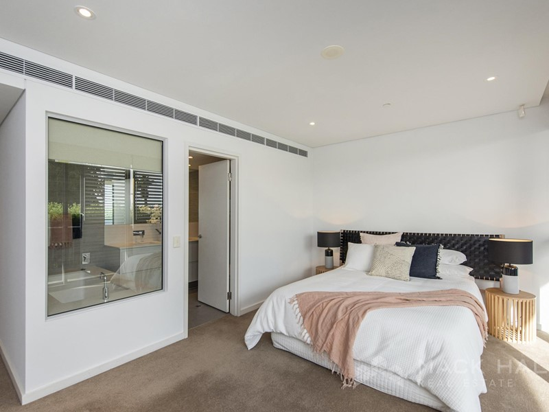 Property for sale in Burswood