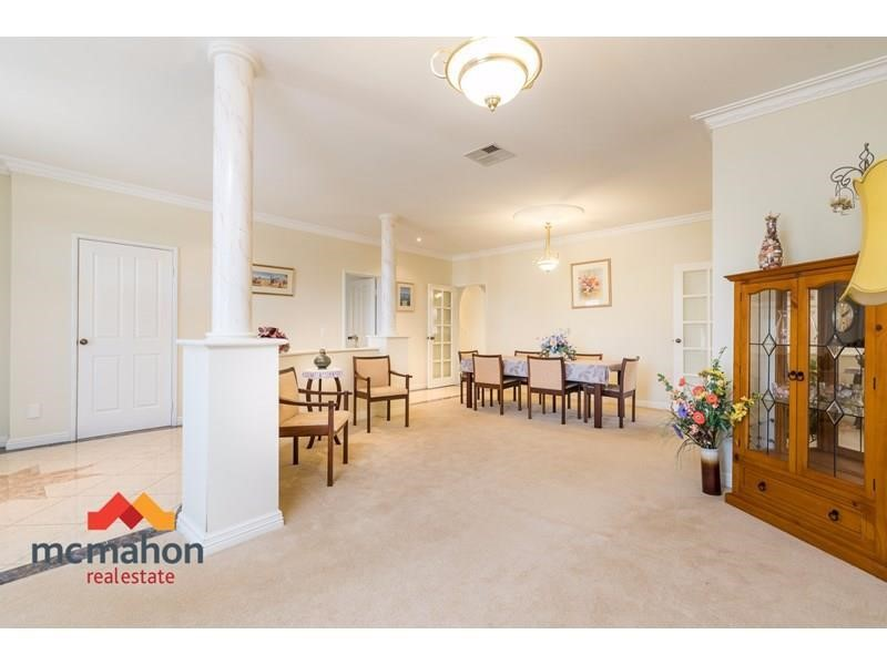 Property for sale in Landsdale : McMahon Real Estate