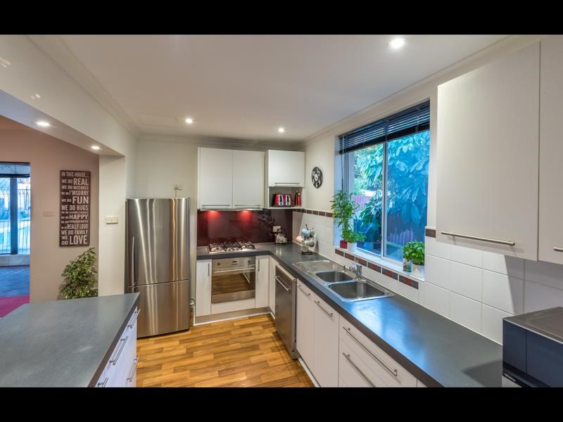 Property for sale in Ascot : Porter Matthews Metro Real Estate