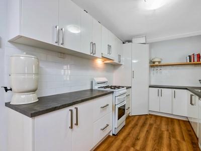 Property for sale in Boya