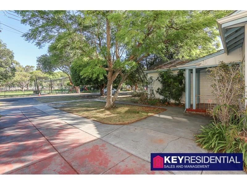 Property for rent in Claremont : Key Residential