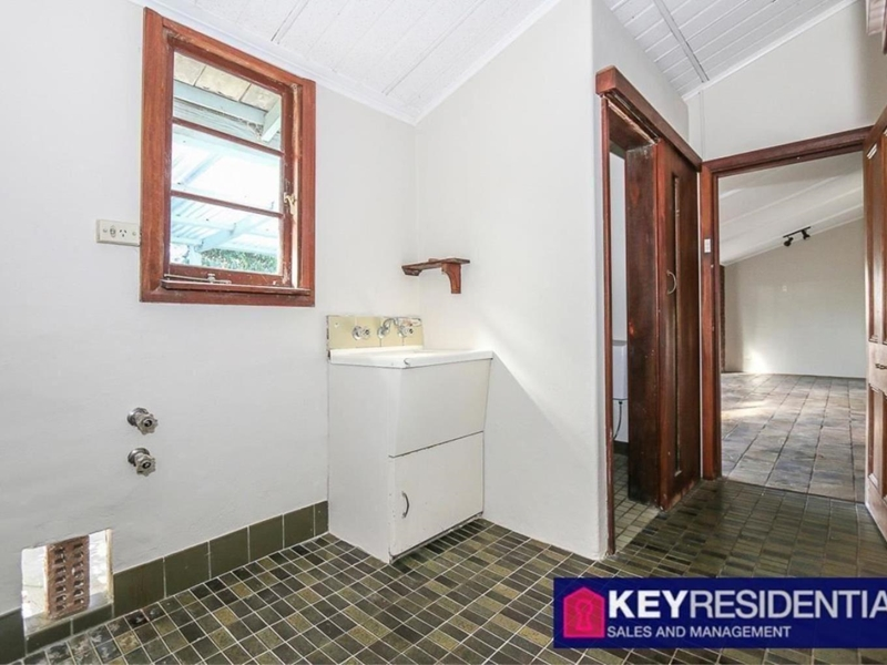 Property for sale in Claremont : Key Residential