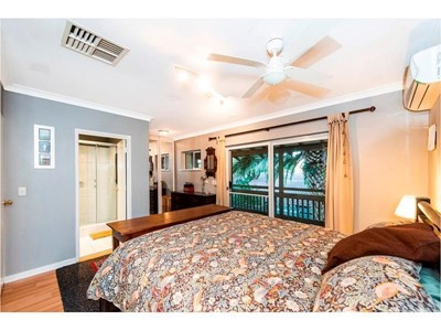 Property for rent in Como : BOSS Real Estate