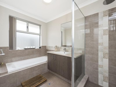 Property for sale in Aveley : Abel Property