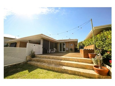 Property for rent in Karrinyup : West Coast Real Estate