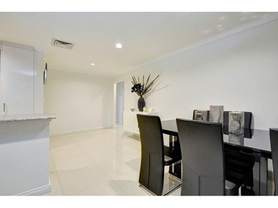 Property for sale in Ascot : Key Residential