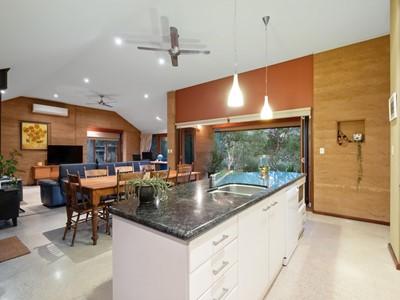 Property for sale in Glen Forrest