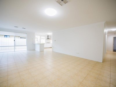 Property for sale in Jandakot : Southside Realty