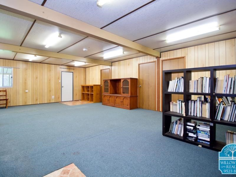 Property for sale in Serpentine : Willow Tree Realty