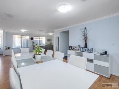 Property for sale in Wattle Grove : Porter Matthews Metro Real Estate