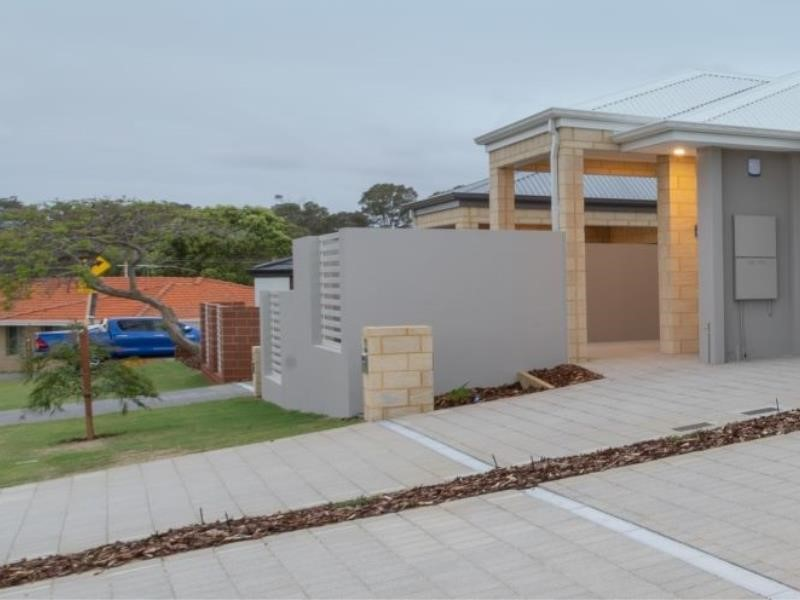 Property for sale in Spearwood : Southside Realty