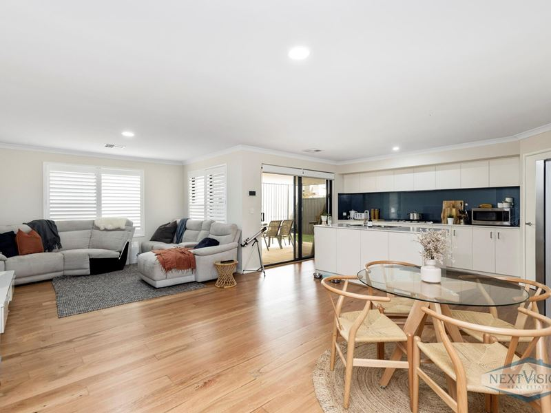 Property for sale in Lake Coogee : Next Vision Real Estate