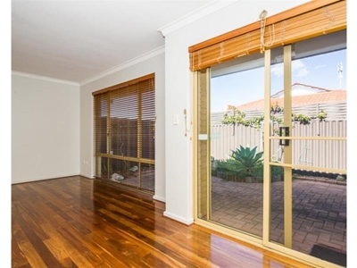 Property for sale in Hamilton Hill : Property Gallery