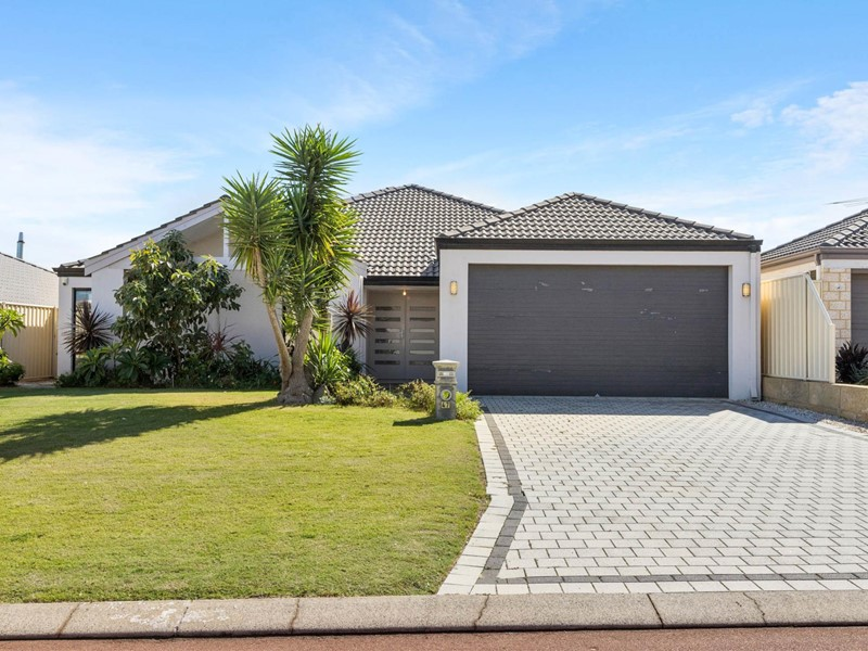 Property for sale in Lakelands