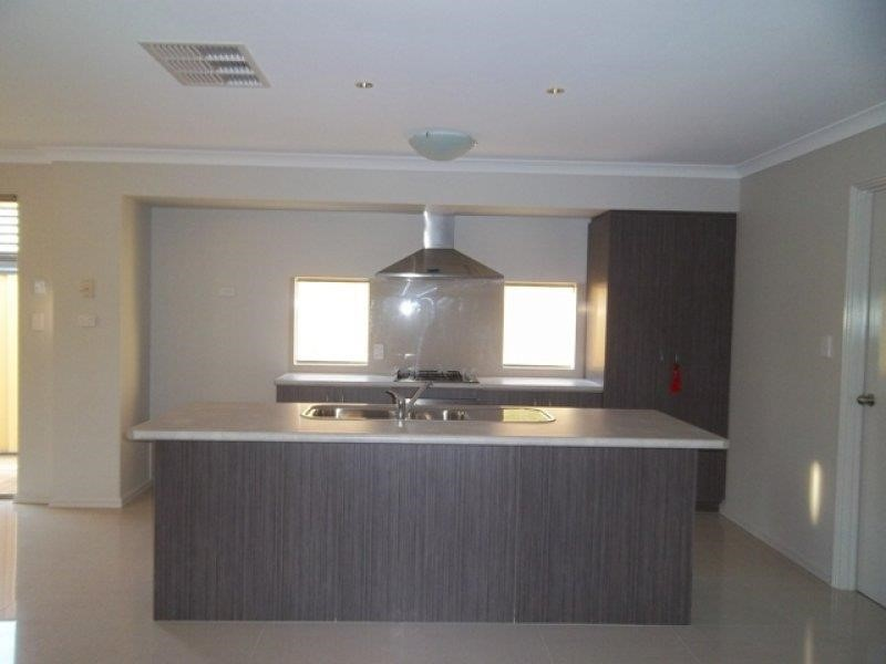 Property for rent in Tapping : REMAX Torrens WA