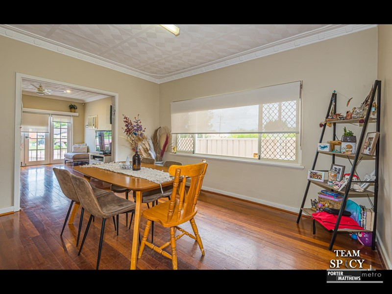 Property for sale in Stirling : Porter Matthews Metro Real Estate