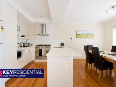 Property for rent in Doubleview : Key Residential