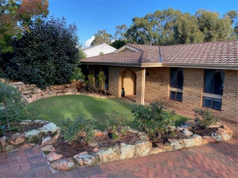 Property for sale in Duncraig : Dempsey Real Estate