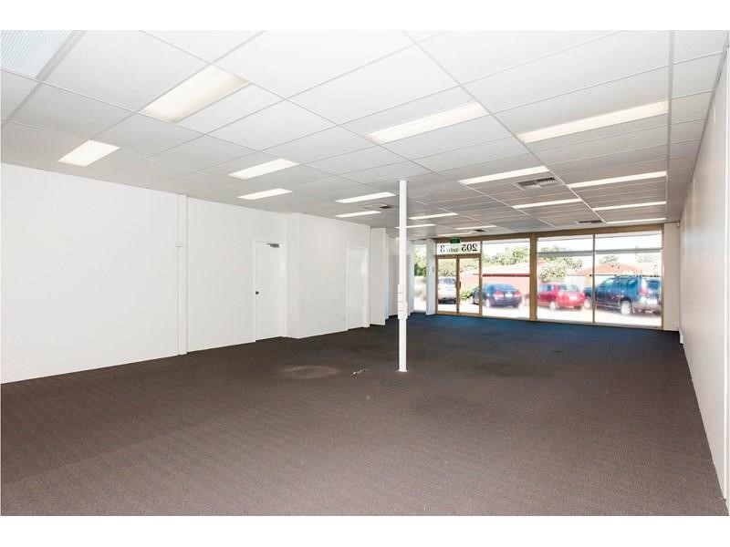 Property For Sale in Belmont : Ross Scarfone Real Estate