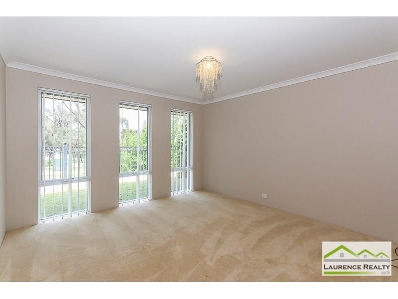 Property for rent in Clarkson : Laurence Realty North
