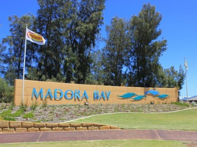 Madora Bay