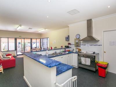 Property for sale in South Fremantle : Mark Brophy Estate Agent