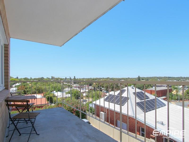 Property For Sale In East Fremantle 6 9 Preston Point