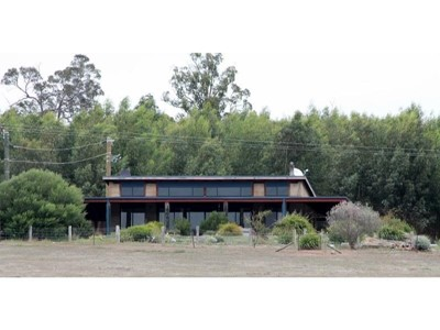 Property for sale in Benjinup