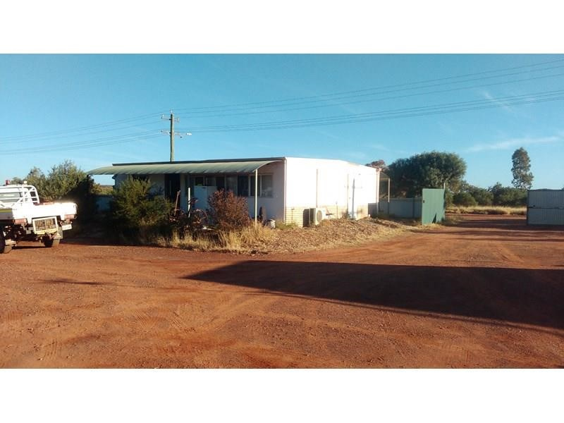 Property for sale in Leonora : McMahon Real Estate