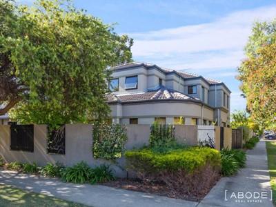 Property for sale in Shenton Park : Abode Real Estate