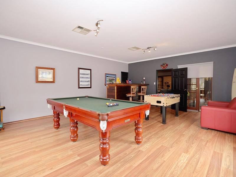 Property for sale in Banjup