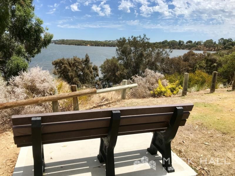 Property for rent in Salter Point