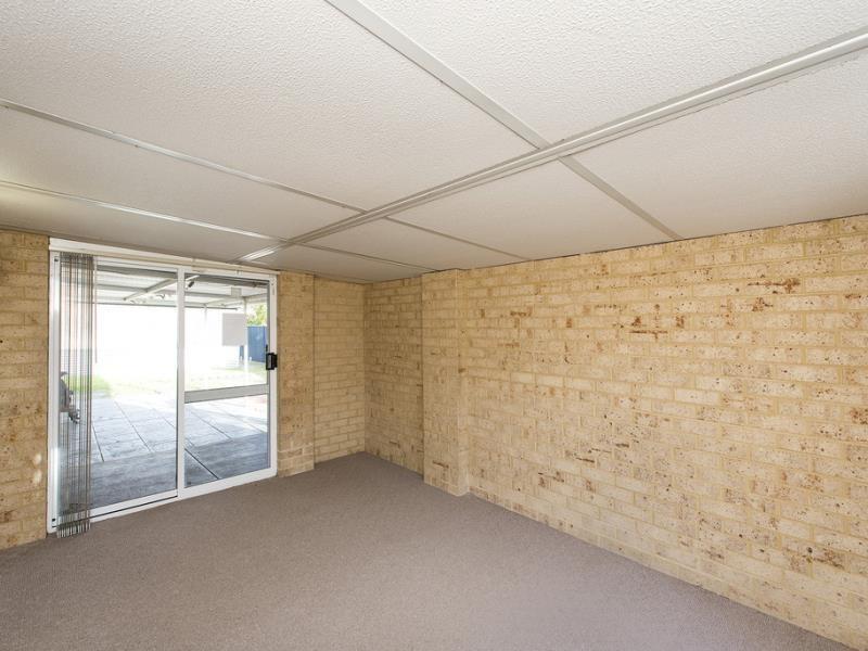 Property for sale in Meadow Springs : David Evans Rockingham
