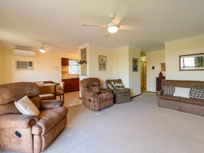Property for sale in Hamilton Hill : Southside Realty