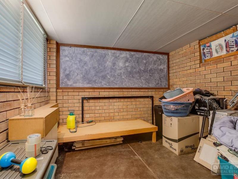 Property for sale in Golden Bay : David Evans Rockingham