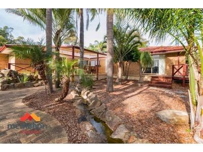 Property for sale in Glen Forrest : McMahon Real Estate