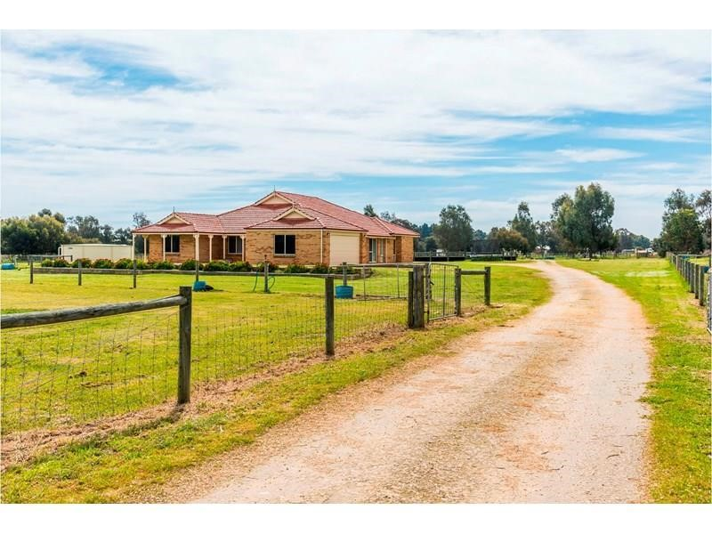 Property for sale in Cardup