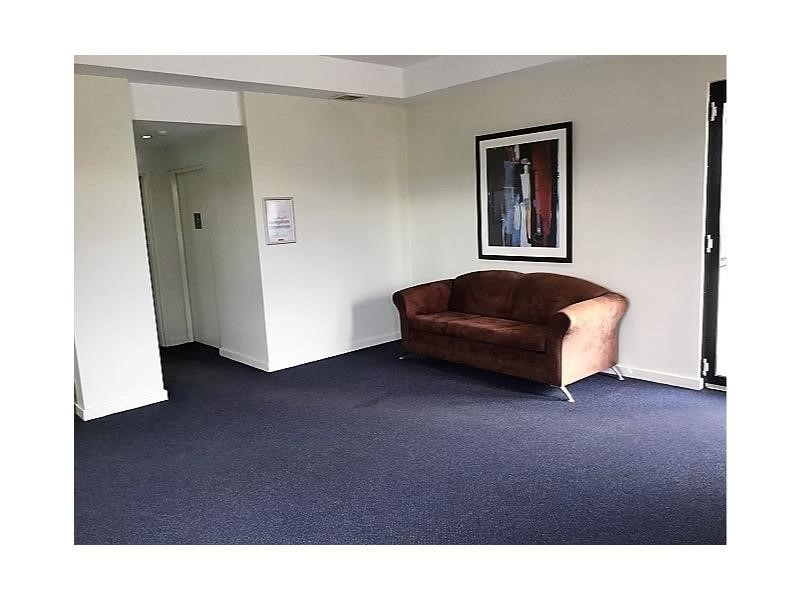 Property For Sale in Ascot : Ross Scarfone Real Estate