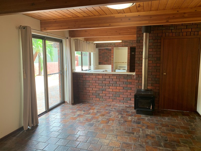 Property for rent in Attadale : Jacky Ladbrook Real Estate
